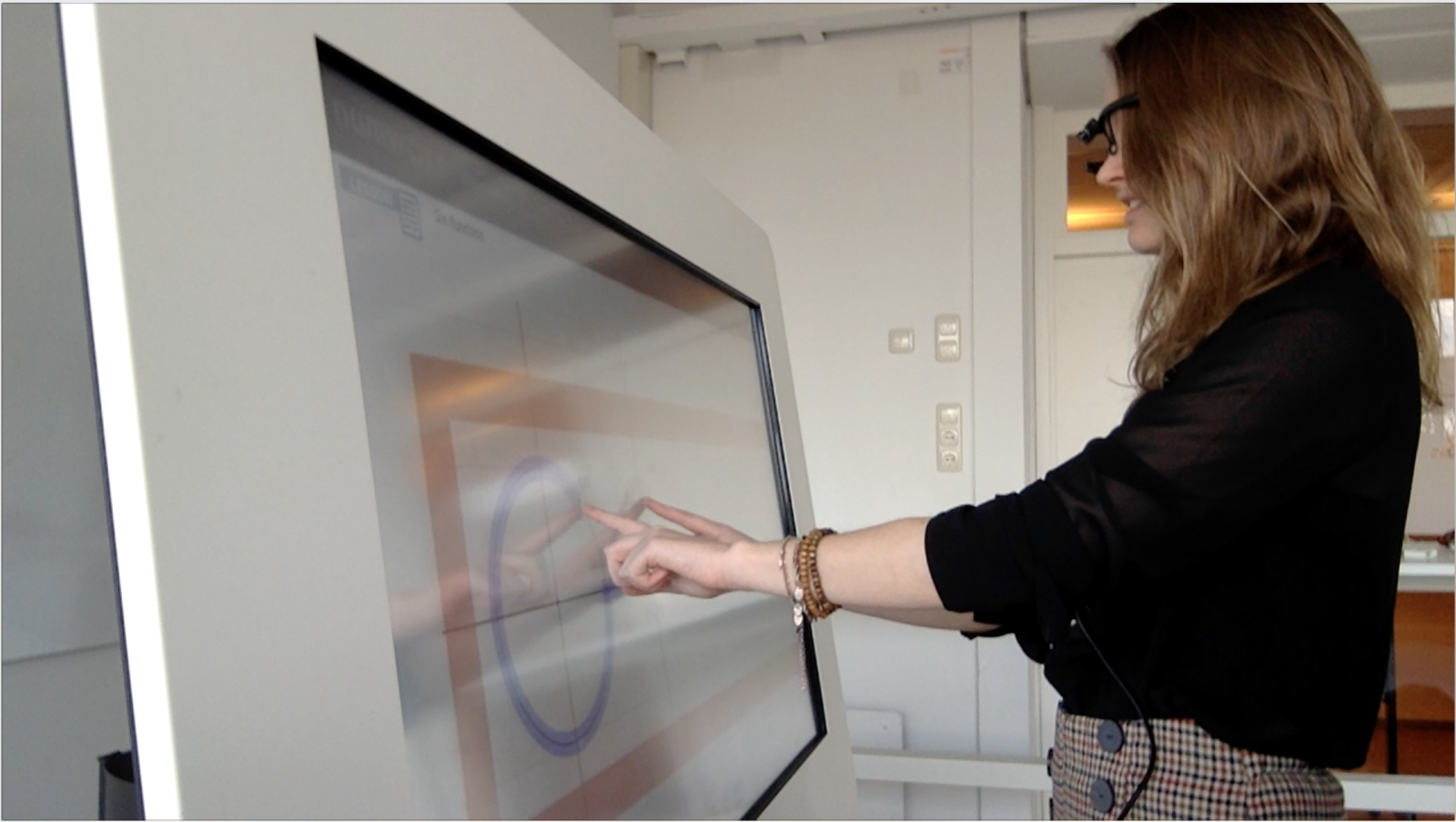 Internship student from the Freudenthal Institute participating in design research on embodied tasks for trigonometry