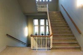 The staircase at Bijlhouwerstraat 6