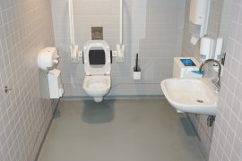 The accessible toilet on the ground floor of the Victor J. Koningsberger building