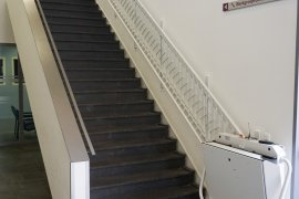 Staircase with elevator of the Martinus G. de Bruin building at Yalelaan 7
