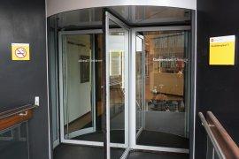 The revolving doors of the main of the Martinus J. Langeveld building