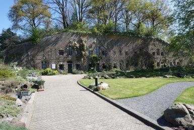Front view of fort Hoofddijk.